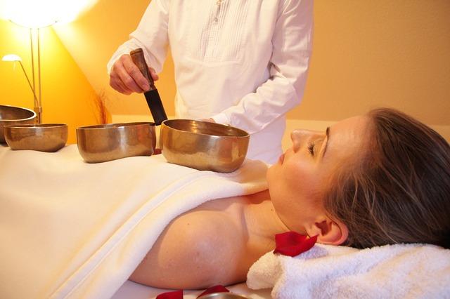 lightweight portable massage table