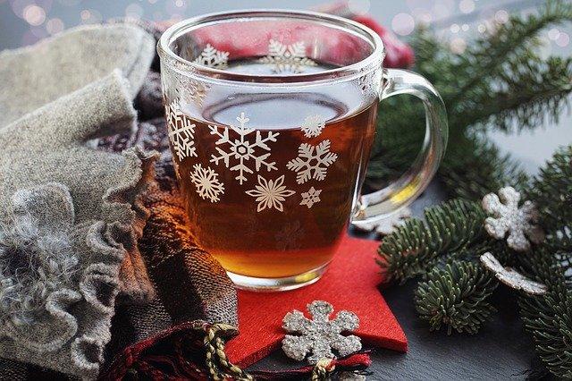 Benefits adding black pepper in tea