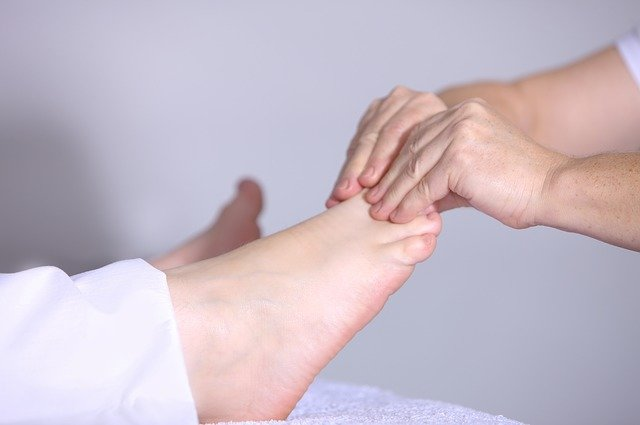 Massage therapy Vs Physiotherapy