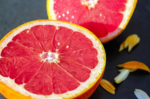 The natural way to lower cholesterol - Grapefruit
